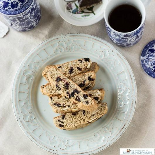 Almond-Blueberry-Biscotti-blog-2